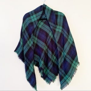 Modcloth Green Tartan Plaid Square Blanket Scarf
